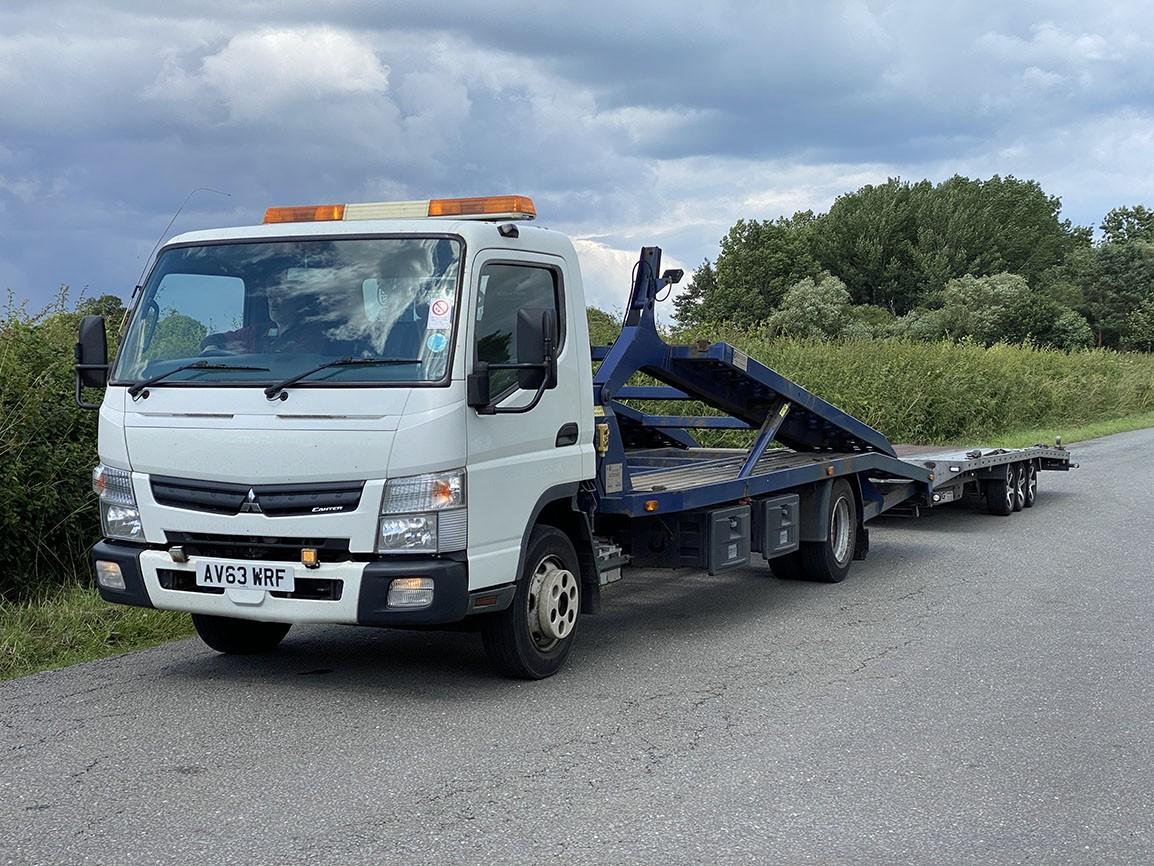 Mitsubishi Canter 7C15 3 Car Transporter