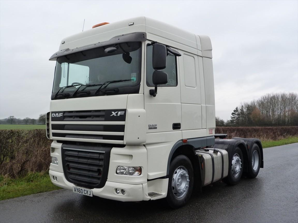 daf xf 105 460 6 x 2 tractor unit used trucks. Black Bedroom Furniture Sets. Home Design Ideas