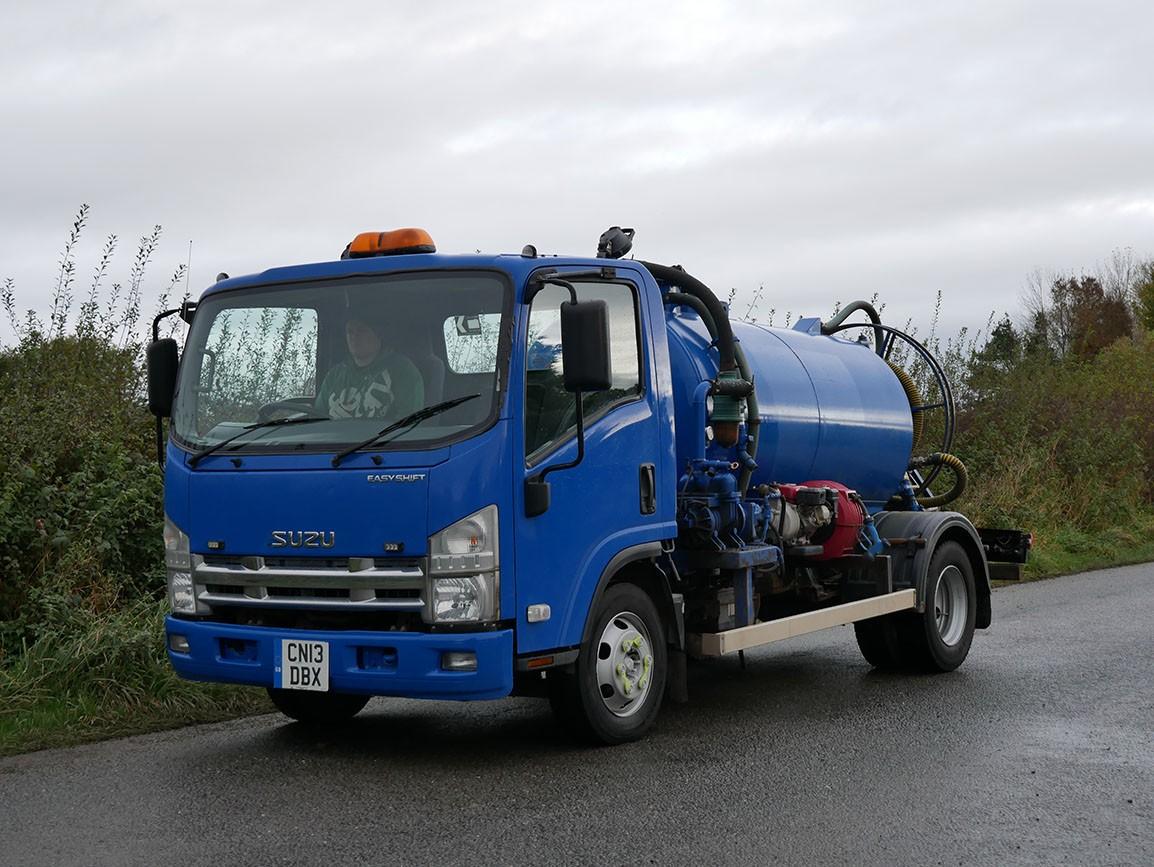 Isuzu NQR 75 190 4 X 2 Vacuum Tanker