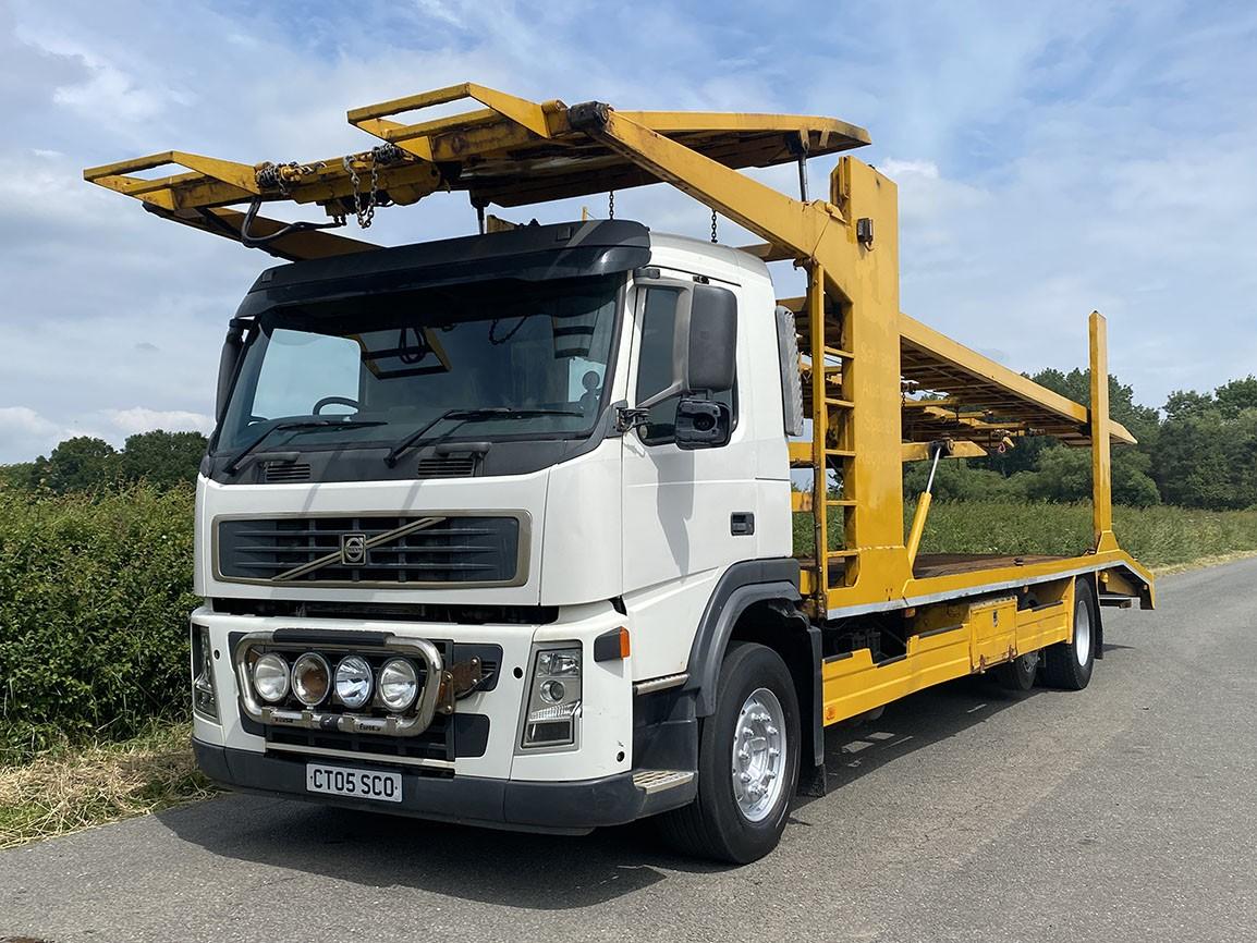 Volvo FM 9 340 6 X 2 Car Transporter