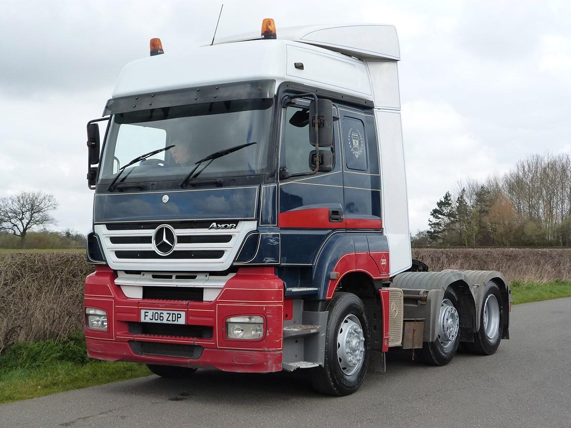 Mercedes Benz Axor 6 X 2 Tractor Unit