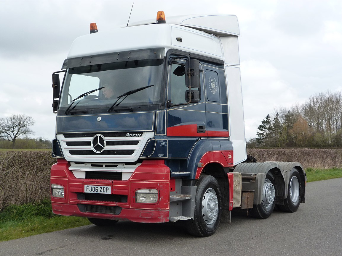 Mercedes benz axor 6 x 2 tractor unit tractor units for Mercedes benz used trucks