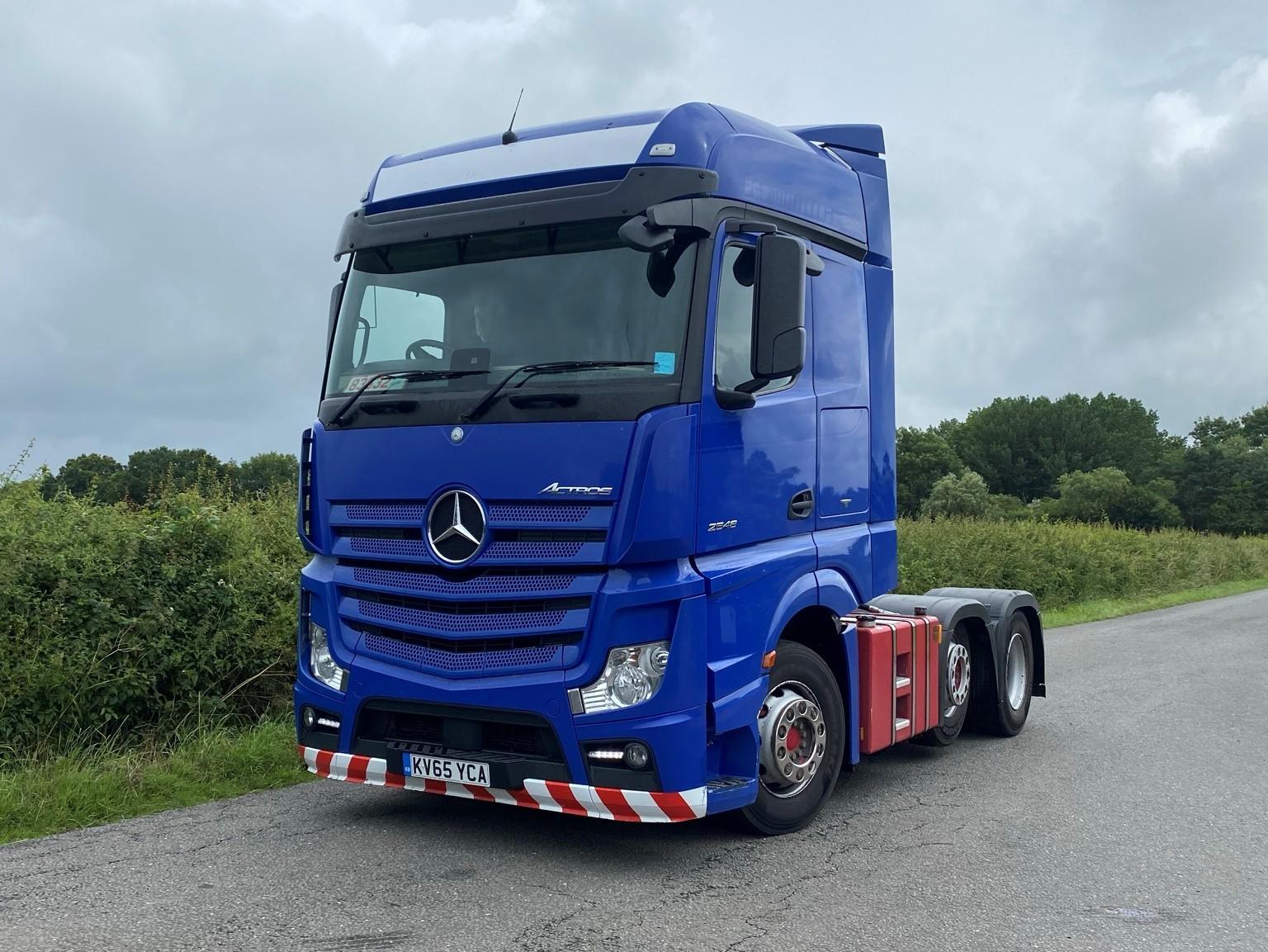 Mercedes Benz Actros 2548 6 X 2 Tractor Unit