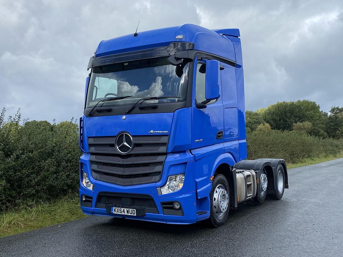 Mercedes Benz Actros 2545 6 X 2 Tractor Unit