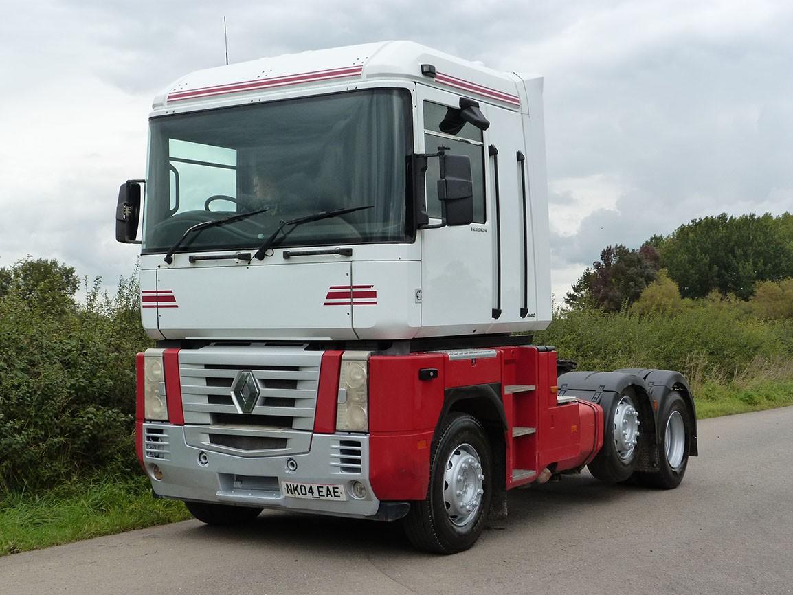 Renault Magnum 440 6 X 2 Tractor Unit