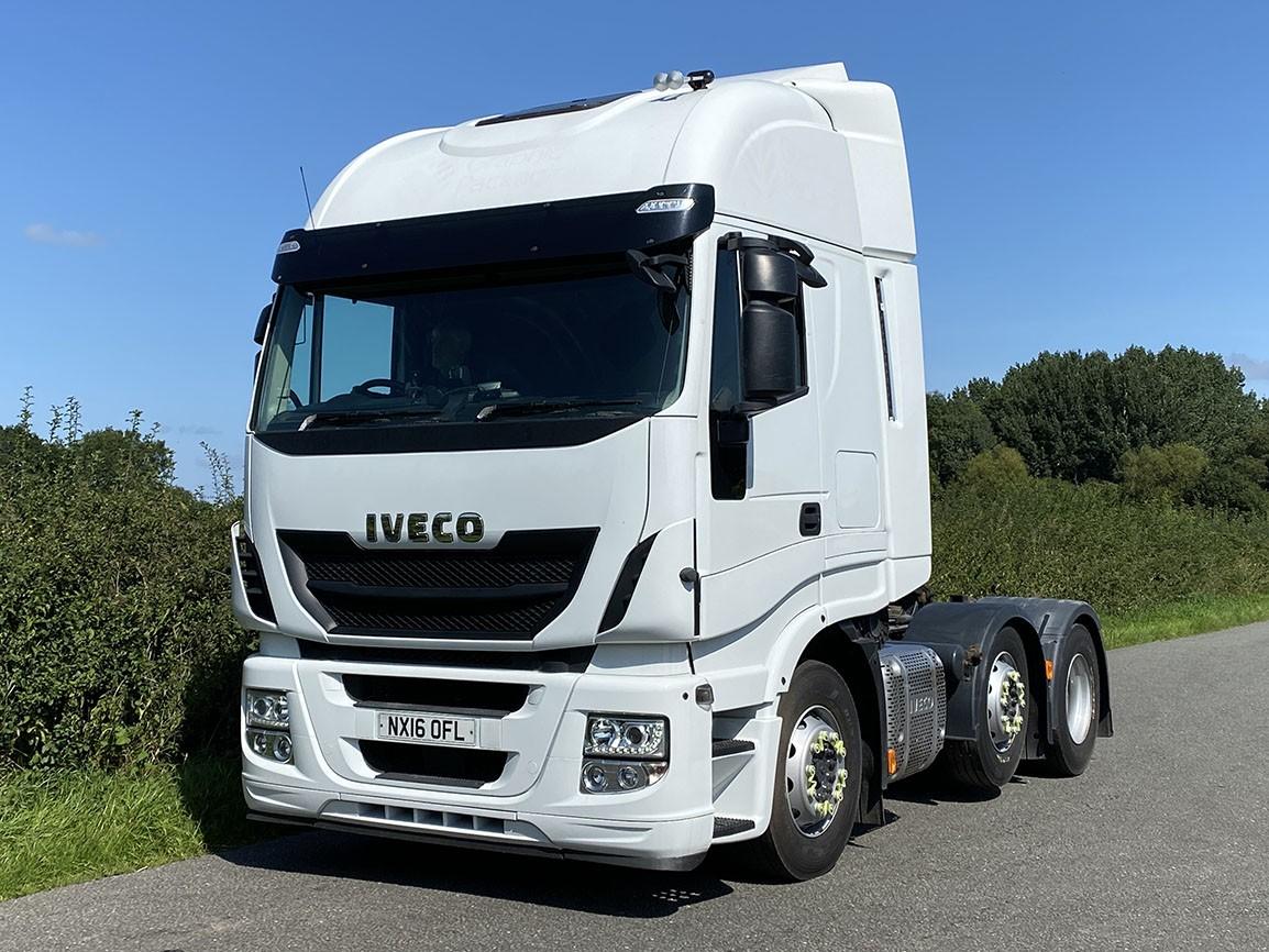 Iveco Stralis 440 6 X 2 Tractor Unit