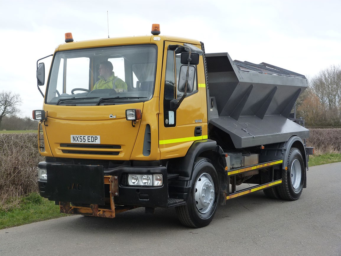 Iveco 150E21 4 X 2 Gritter / Snow Plough
