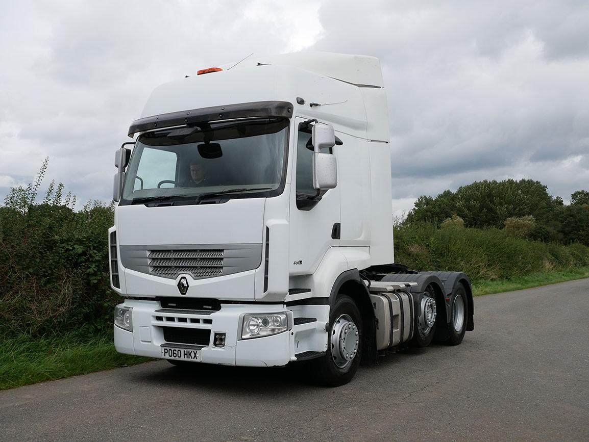 Renault Premium 460 DXI 6 X 2 Tractor Unit
