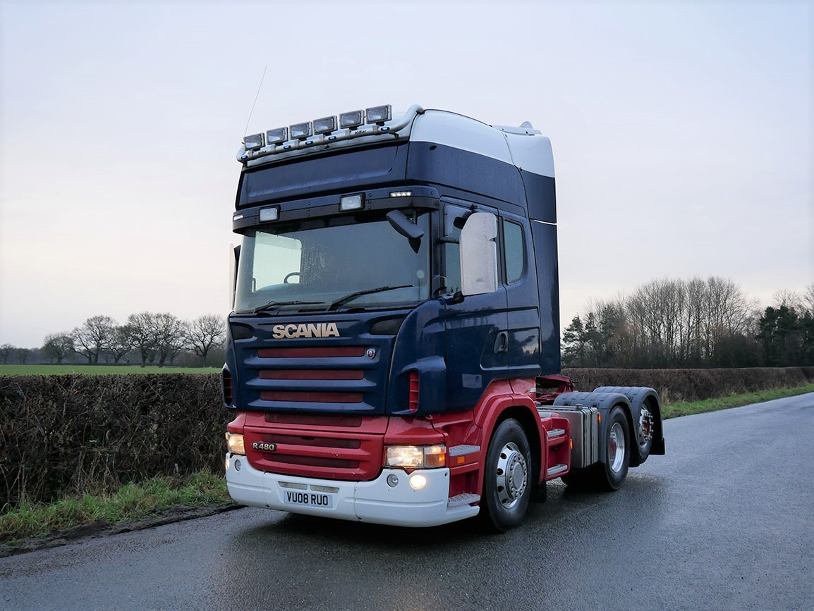 Scania R480 6 X 2 Top Line Tractor with Rear Lift