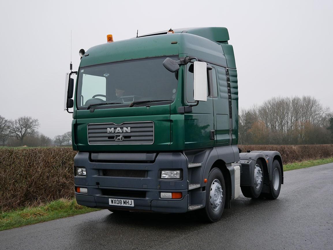 MAN TGA  26.440 XL 6 X 2 Tractor Unit