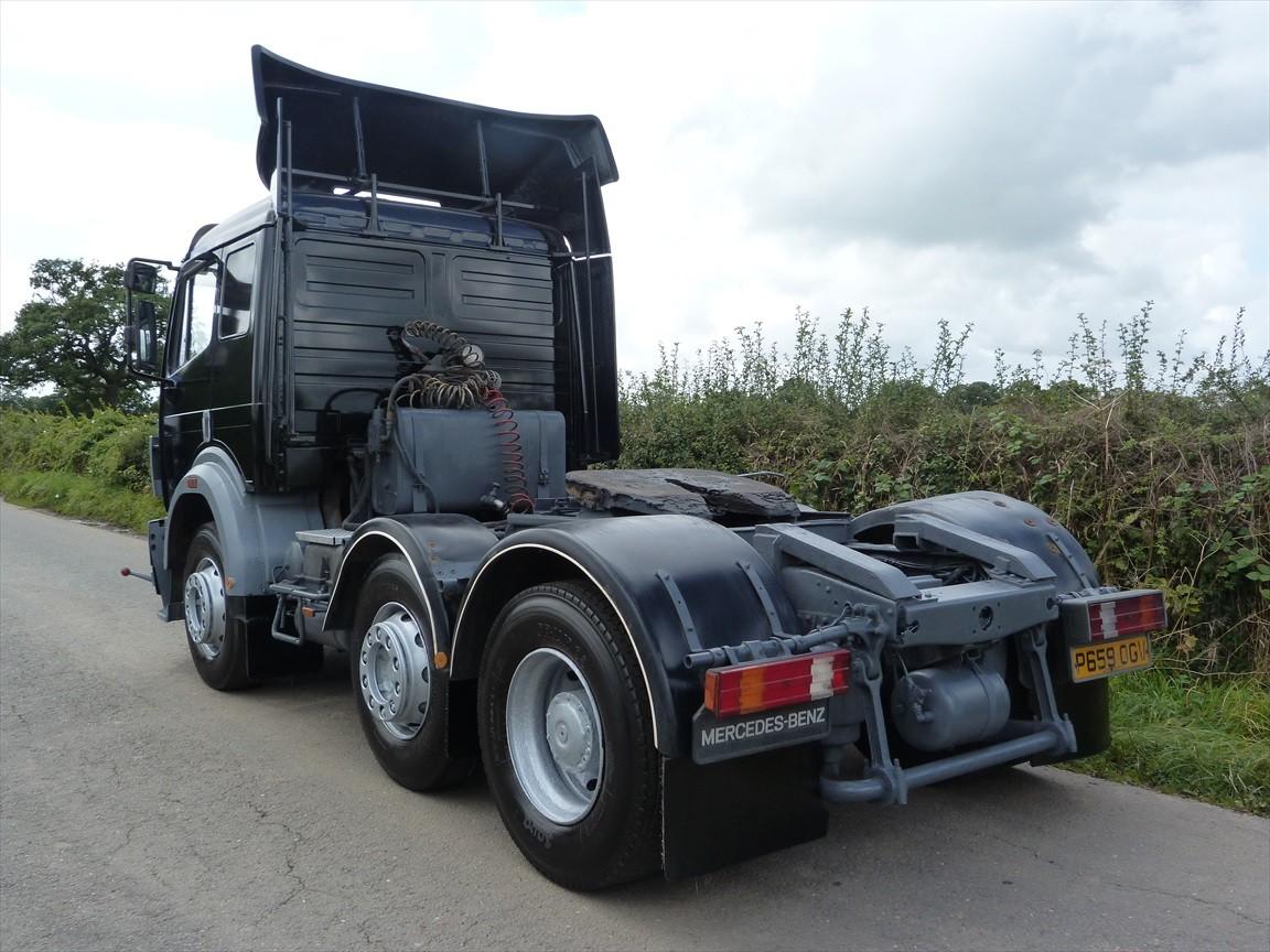 Mercedes benz 2534 6 x 2 tractor unit mercedes benz for Mercedes benz manufacturing