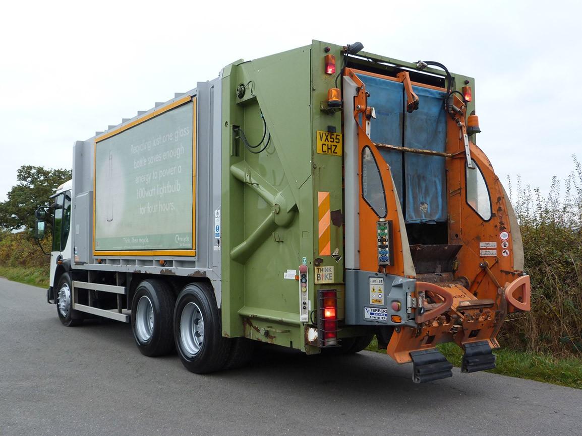 Dennis Eagle Elite II 6 X 4 Refuse Truck